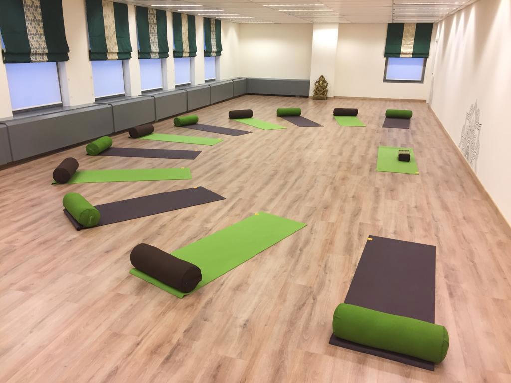 Ecole de Yoga sur Bruxelles Yoga Anahata Cours de Yoga Bruxelles Jessica Laignel